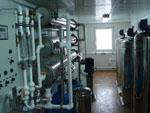 """Система обратного осмоса производительностью 90 м3/сутки для питьевого водоснабжения вахтового поселка компании """"Total Разведка""""."""