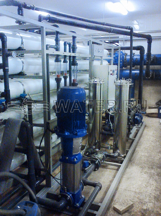 Municipal water treatment. Reverse osmosis system.